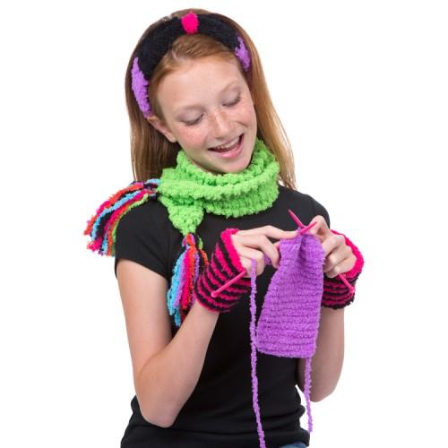 Girls Fuzzy Wuzzy Knitting Kit