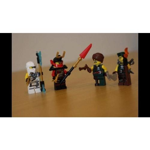 Lego Ninjago Minifigure Set 853544 Masters Of