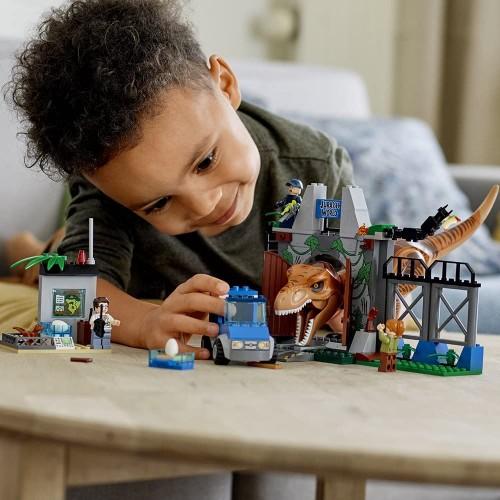 Lego Juniors 4 Jurassic World T Rex Breakout 10758 Building Kit 150