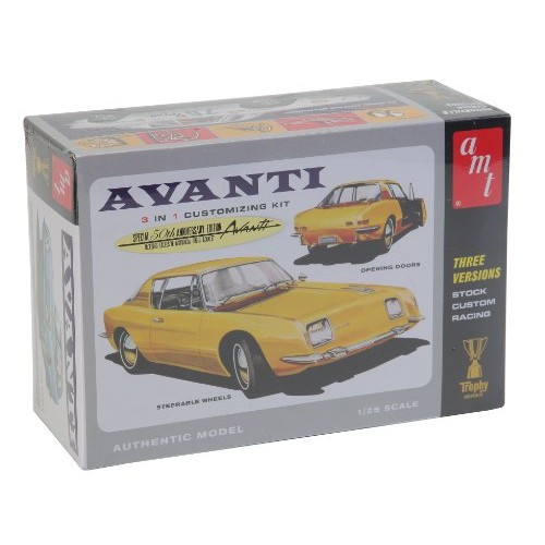 AMT 1963 Studebaker Avanti 1/25 Scale Model Car Building Kit