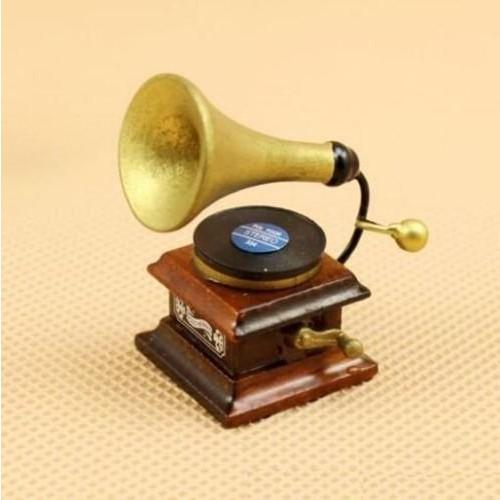 EatingBiting Dollhouse Miniature Doll Furniture Accessories  1:12 Scale Dollhouse Miniature Vintage Phonograph Gramophone
