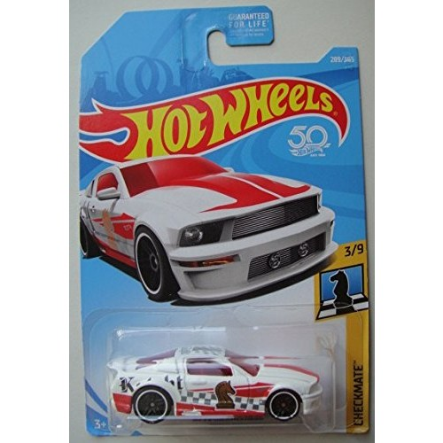 Hot Wheels CHECKMATE 3/9 WHITE '07 FORD MUSTANG 289/365 KNIGHT CHECK PICE
