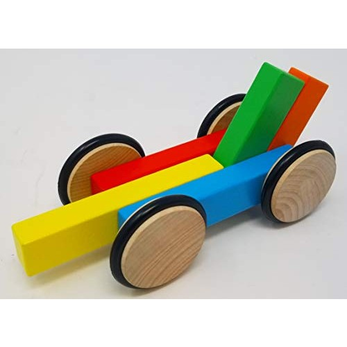 Magz Wooden Magnetic car containing 4 Wheels and 5 Blocks