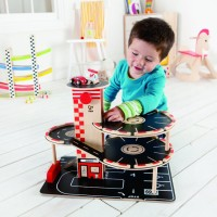 Park and Go Garage Wooden Playset