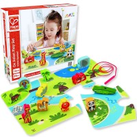 On Safari Puzzle and Lacing Playset