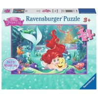 Hugging Arielle Disney The Little Mermaid 24 pc Floor Puzzle