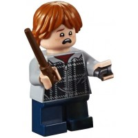 Lego 2018 Harry Potter Minifigure Ron Weasley In Hoodie With Wand