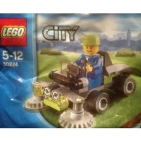 Lego City 30224 Ride On Lawn