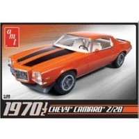 AMT 1970 1/2 Chevy Camaro Z28 1:25 Scale Model Kit